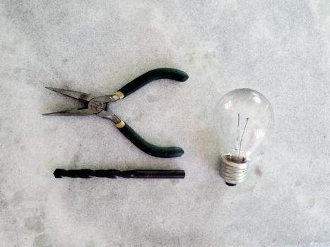 materiais para lâmpada